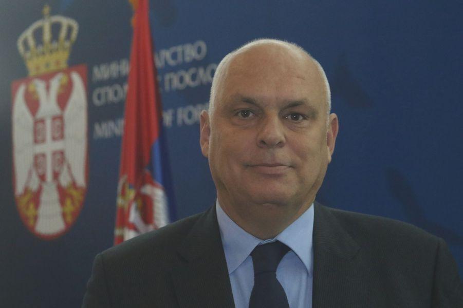 خبرنگاران مقام صرب: جمهوری صربستان از تحریم های یکجانبه تبعیت نمی کند