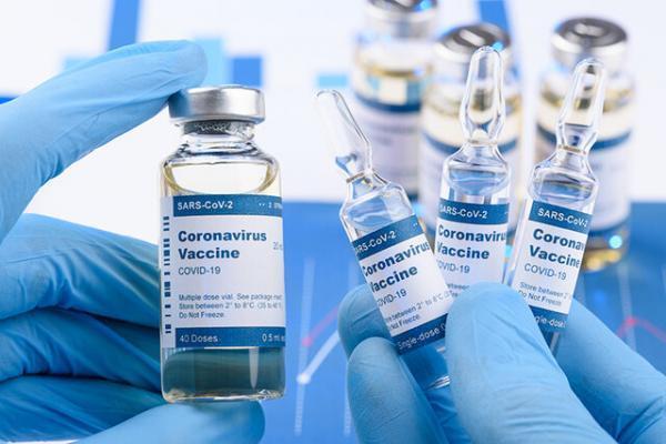شروع واکسیناسیون کرونا برای پاکبانان شهرداری اهواز